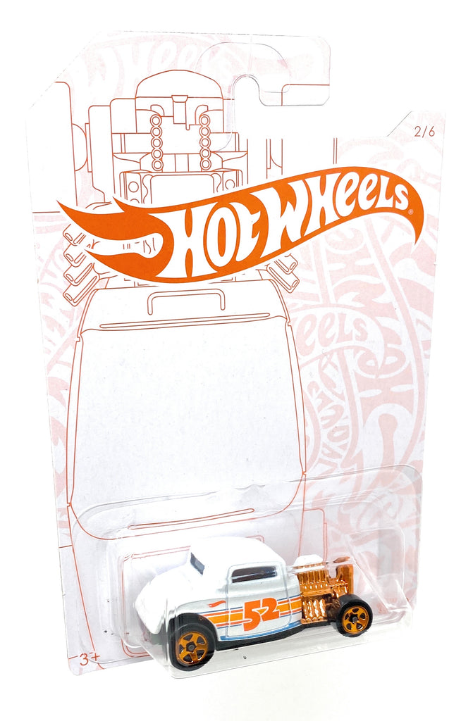 Hot Wheels '32 Ford from the 2019 Pearl and Chrome Collection 2/6