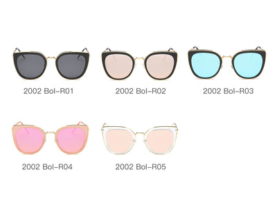 S2002 - Classic Retro Vintage Cat Eye Sunglasses for Women - Iris Fashion Inc. | Wholesale Sunglasses and Glasses