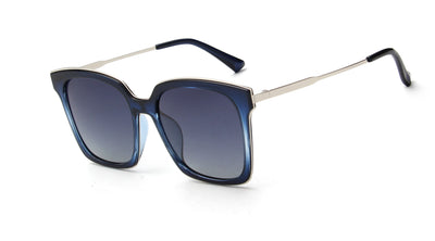 LAT-T30043 - Classic Square Polarized Fashion Sunglasses - Iris Fashion Inc. | Wholesale Sunglasses and Glasses