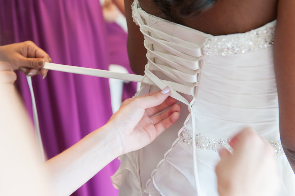 How To Put On And Off Your Wedding Dress
