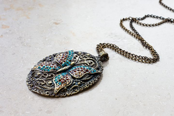 Update your accessory collection with these amazing necklaces