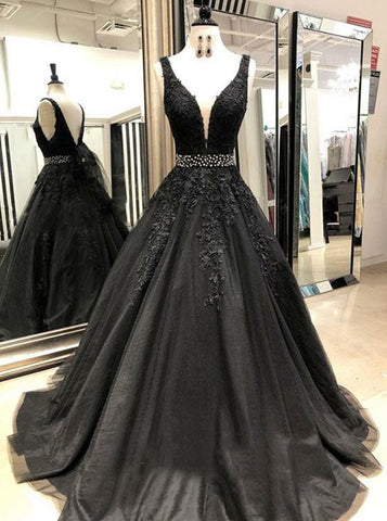 Long Black Deep V-neck Appliques Prom Dress