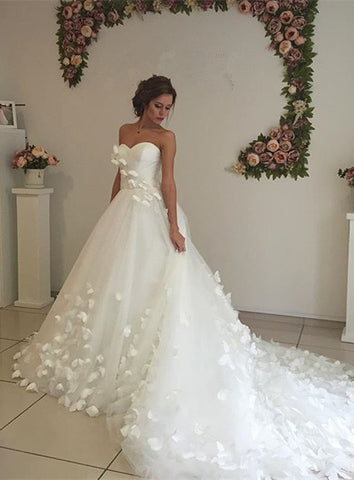 Tulle Sweep Train 3D Floral Lace Appliques Wedding Dress