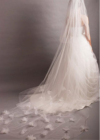 Gorgeous White Tulle Two-tier Veil With Tulle Flowers For Your Glamorous Wedding Dress