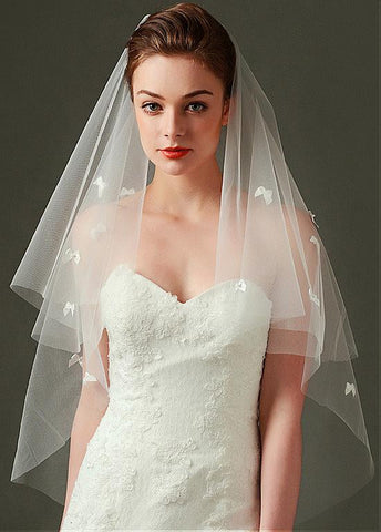 Gorgeous Tulle Wedding Veil With Bow