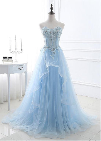 Real Photo Eye-catching Tulle Sweetheart Neckline A-line Prom Dresses With Lace Appliques & Beadings