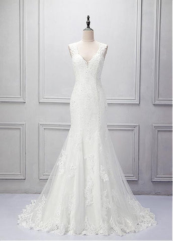 Elegant Tulle V-neck Neckline Mermaid Wedding Dress With Beaded Lace Appliques