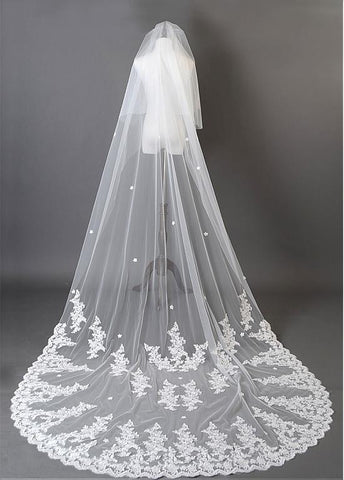 Beautiful Ivory Tulle Flower Wedding Cathedral Veil With Lace Applique Edge