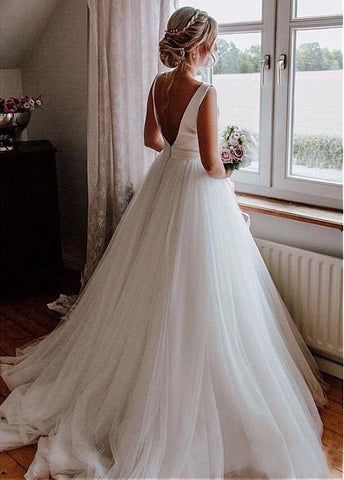 Tulle & Satin Bateau Bowknot V-cut Back A-line Wedding Dress