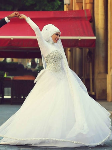 Long Sleeves Tulle Ball Gown Muslim Wedding Dress