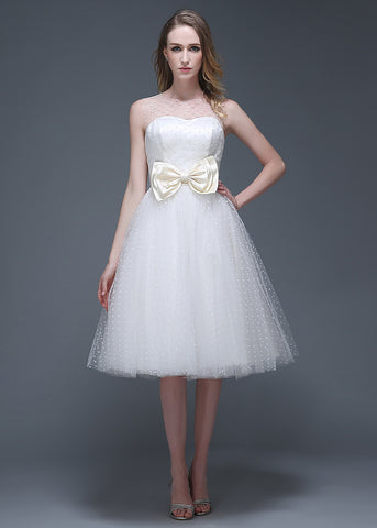 Wonderful Polka Dot Tulle Jewel Neckline Knee-length A-line Wedding Dresses