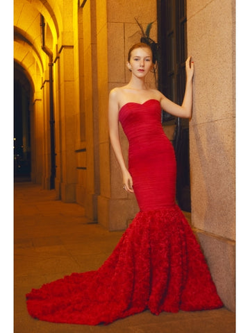 Strapless Sweetheart Ruffles Red Mermaid Wedding Dress