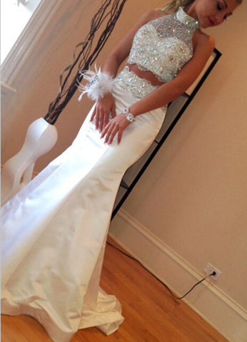 Halter Sleeveless Natural White Prom Dresses