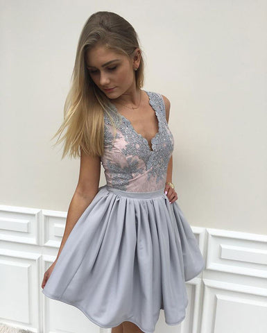 Appliqued Sleeveless Chiffon Homecoming Dresse