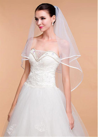 Elegant Tulle Ivory Wedding Veil With Ribbon Edge