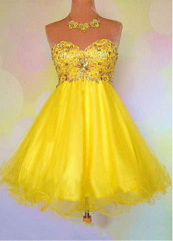 Lovely Tulle & Satin Sweetheart Neckline A-Line Homecoming Dresses
