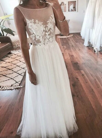 Long A-Line White Backless Appliques Tulle Wedding Dress
