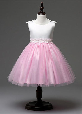 Satin & Tulle Scoop Neckline Ball Gown Flower Girl Dresses With Handmade Flowers