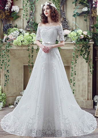 Tulle Off-the-shoulder A-Line Wedding Dresses With Lace Appliques