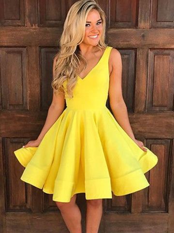 Yellow  V-Neck Ruffles Knee-Length Homecoming Dress