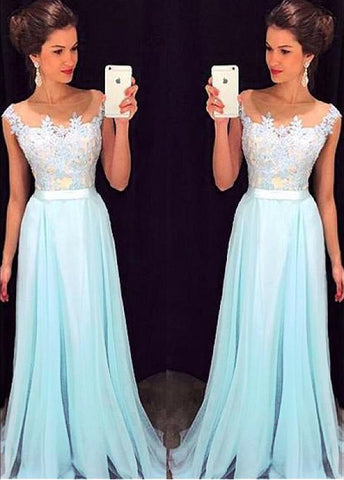 Beautiful Tulle & Silk-like  Prom Dress