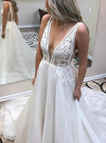 White Chiffon Appliques Deep V-neck Backless Wedding Dress