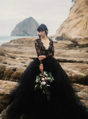 Black Ball Gown Tulle Lace Appliques Deep V-neck Long Sleeve Wedding Dress
