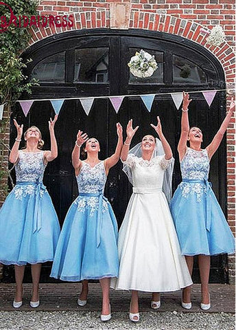 Elegant Tulle & Organza Bateau Neckline Tea-length A-line Bridesmaid Dresses With Lace