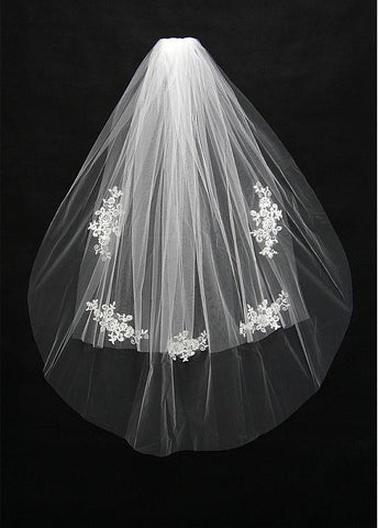 Two-layer Wedding Veil With Lace Appliques