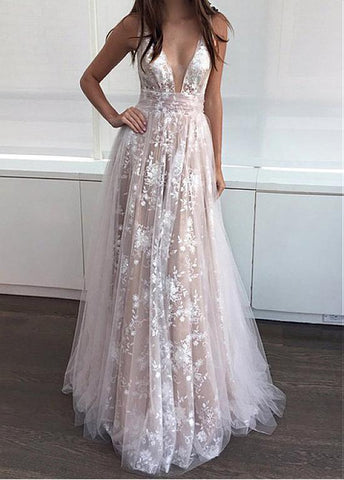 Champagne Tulle V-neck Appliques A-line Prom Dress
