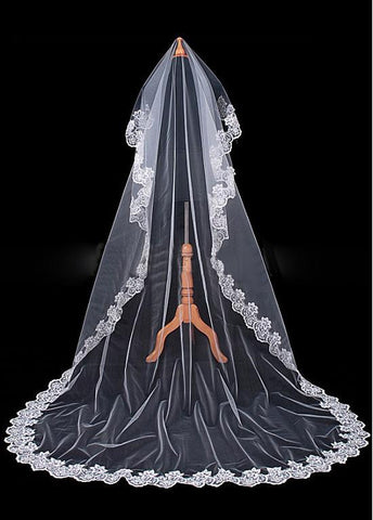 Glamorous Tulle Cathedral Wedding Veil With Lace Appliques Edge