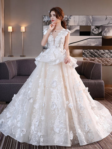 Flowers Lace-Up Chapel Train Wedding Dress