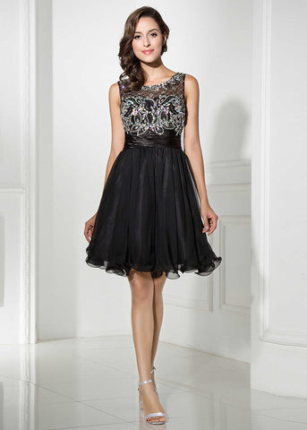 Alluring Tulle & Chiffon Scoop Neckline A-Line Short Homecoming Dresses With Beadings