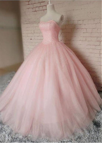 Stunning Tulle Sweetheart Neckline Ball Gown Prom Dresses With Beadings