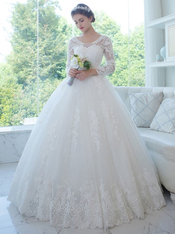 Scoop Neck Appliques Wedding Dress