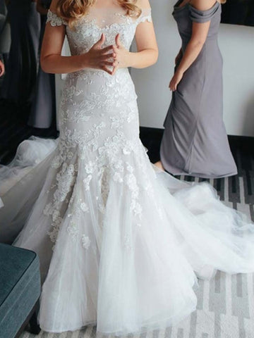 Button Mermaid Wedding Dress