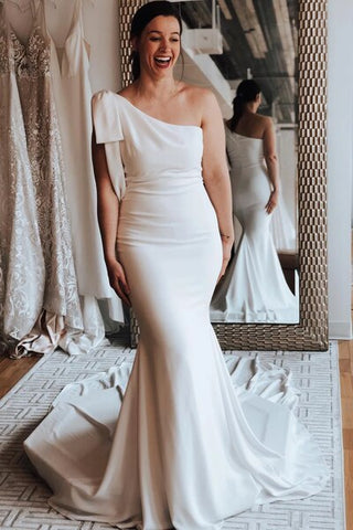Mermaid One Shoulder satin Wedding Dress with Chapel Train