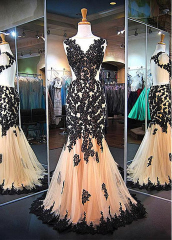 Attractive Tulle Jewel Neckline Mermaid Evening Dresses With Beaded Lace Appliques