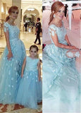 Ice Blue Tulle Bateau Neckline A-line Formal Dresses With Lace Appliques