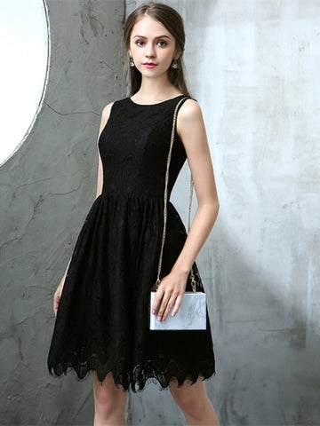 Black A-Line Scoop Lace Knee-Length Homecoming Dress