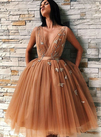 Appliques V-Neck Backless Gold Tulle Homecoming Dress