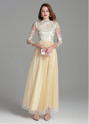 Tulle & Embroidery Lace Bateau Champagne Long Prom Dress