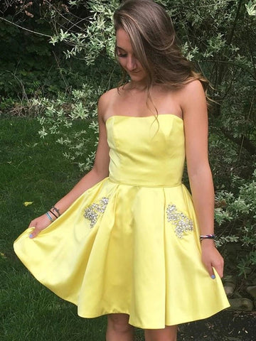 Short Yellow Satin Beading Strapless Homecoming Dresses with Pockets