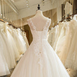 Tulle Lace Appliques Wedding Dress