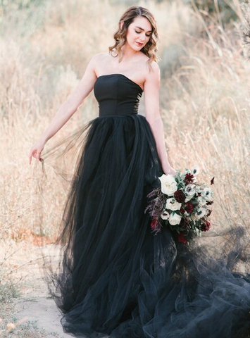 Black Ball Gown Tulle Strapless A-Line Wedding Dress With Train