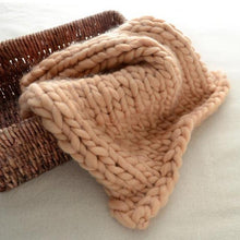 Load image into Gallery viewer, Blankets khaki / 60x60cm Super Chunky Knit Blanket