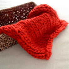 Load image into Gallery viewer, Blankets red / 60x60cm Super Chunky Knit Blanket