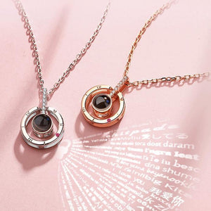 Memory of Love - 100 Languages ILY Necklace Gold Circle Pendant Necklaces