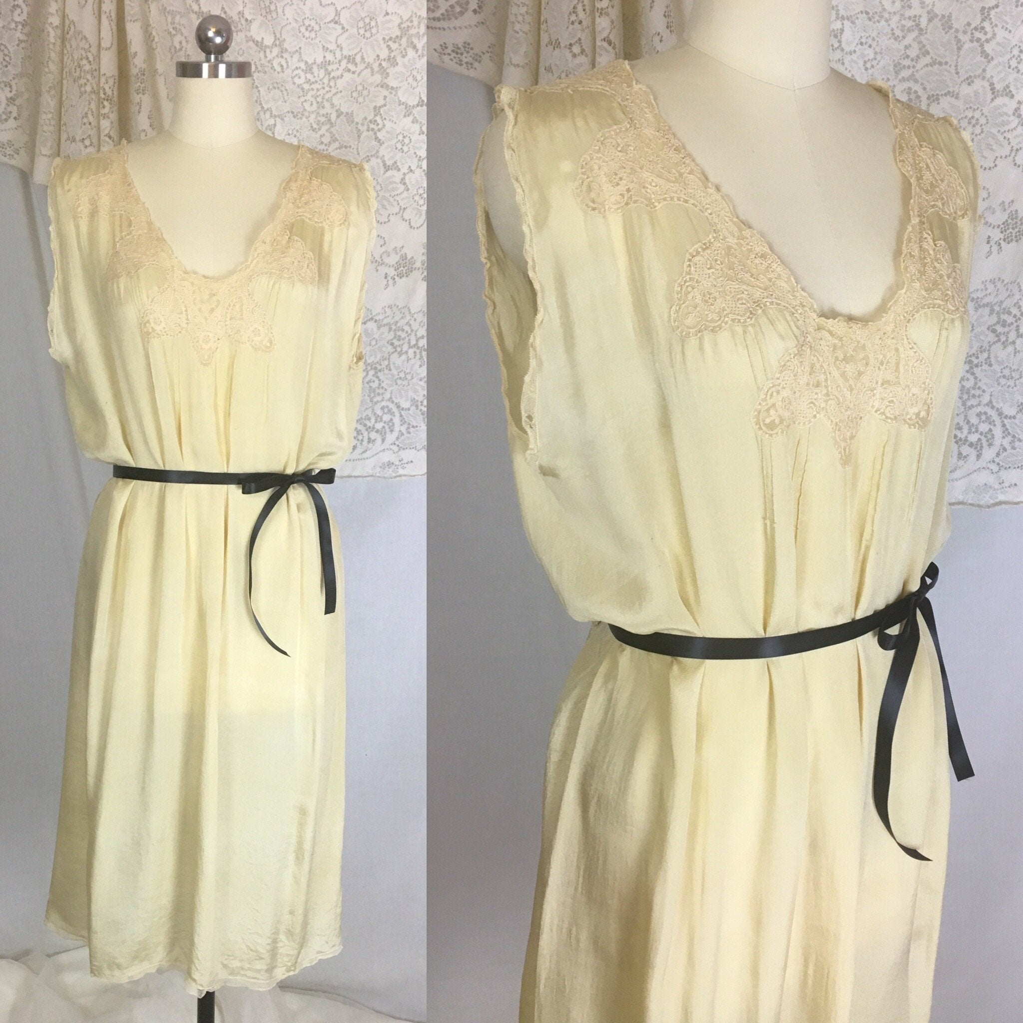Vintage 1920's Nightgown | Gold Tissue Silk with Tambour Lace & Black Ribbon Tie | Size Free - Daggers & Dames