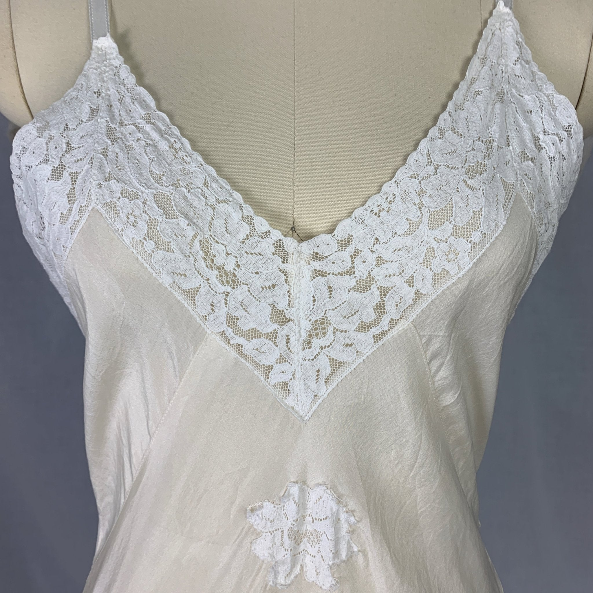 Vintage 1930's Teddy Chemise | Sheer Ivory Silk with White Floral Lace | Size SM - Daggers & Dames